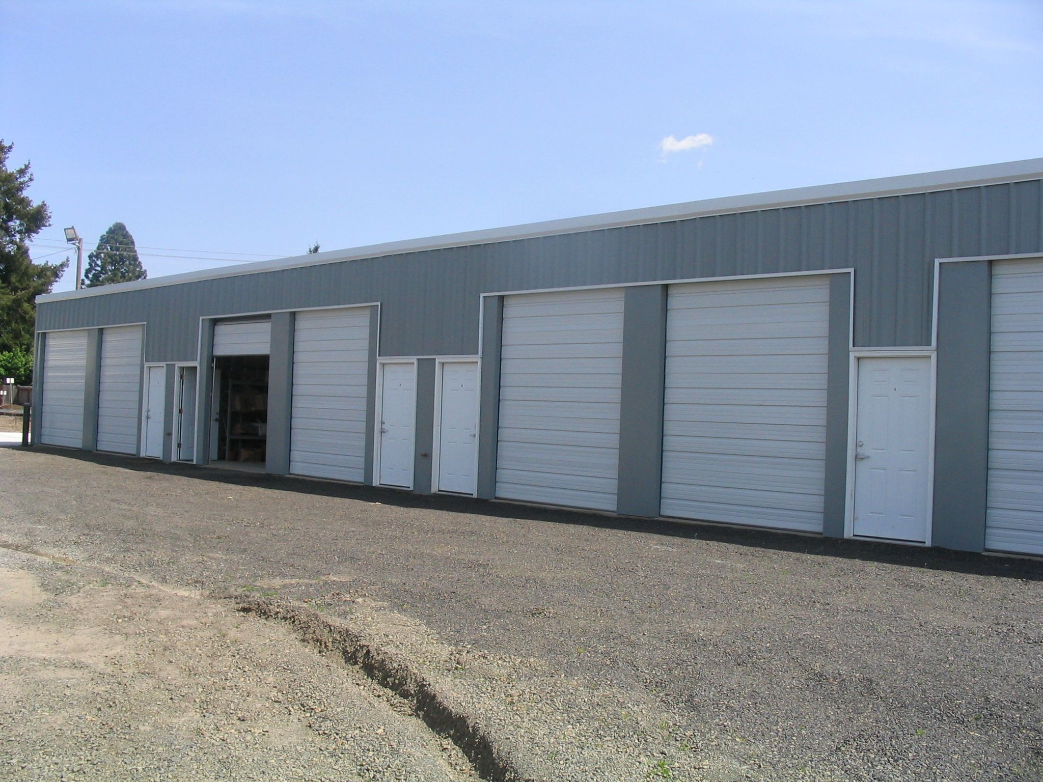 420 sf industrial flex space for lease newberg miller for Flex space
